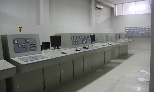 Real Engine Control Room 2